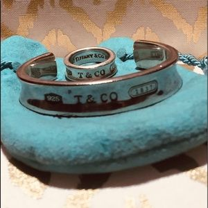 Authentic @1997 Tiffany and Co. 925 Bangle set